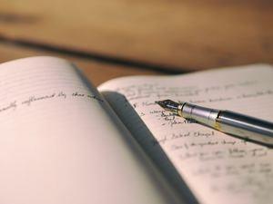 Cadernos de caligrafia minerar produtos sazonalidade
